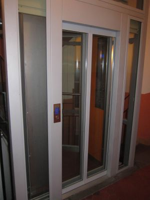 Dveře-1
