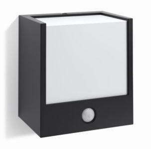 LED Venkovní nástěnné svítidlo PhilipsMacaw s pohybovým čidlem, 1x3 W, 899 Kč